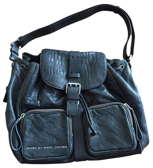 Preload https://item5.tradesy.com/images/marc-by-marc-jacobs-black-leather-cross-body-bag-1865359-0-0.jpg?width=440&height=440