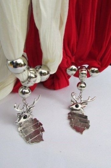 Other Women Scarf Big Silver Metal Christmas Deer Pendant Red White