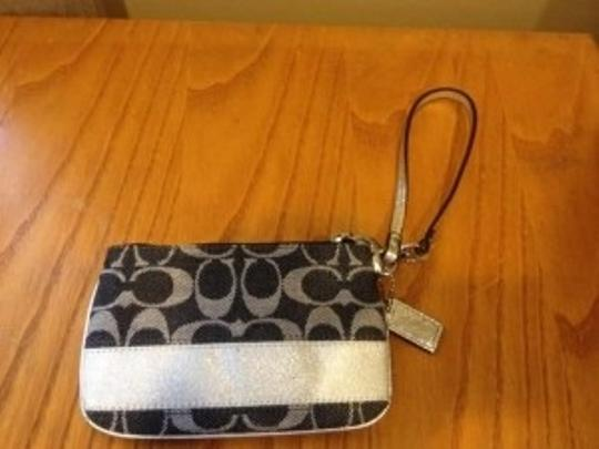 Coach Wristlet in SV/Denim/Silver