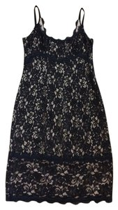 Diane von Furstenberg Cocktail Night Out Lace Classic Dress