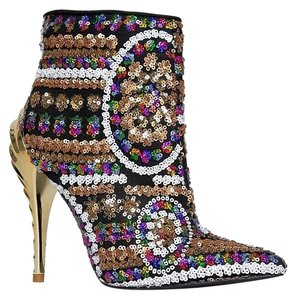 Privileged Breckelles Gold Boots
