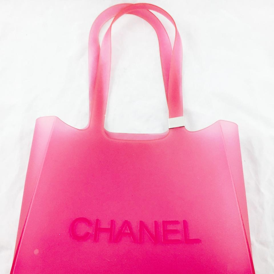 032c10dcb33 Chanel Small Jelly Pink Rubber Tote - Tradesy