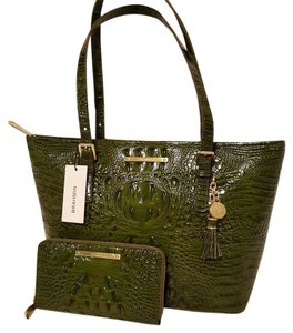 Brahmin Leather Med/lge Tote in CHIVE GREEN