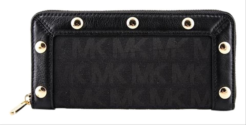 d5c091689f3d17 Women's Wallets - Up to 70% off at Tradesy
