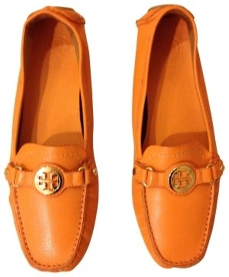 Preload https://item1.tradesy.com/images/tory-burch-orange-pumps-size-us-95-regular-m-b-186805-0-0.jpg?width=440&height=440