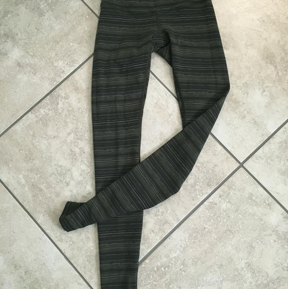 Lululemon Olive Green  Multi   Stripes Wonder Under Activewear ... 325bd4c70b02b