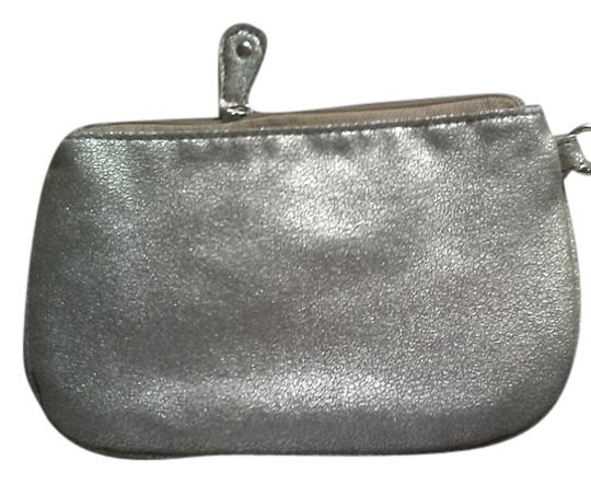 Preload https://item5.tradesy.com/images/danielle-nicole-gold-cosmetic-bag-1868184-0-0.jpg?width=440&height=440