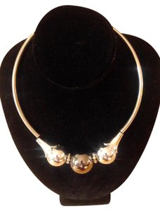 Other New Silver Tone & Gunmetal Bib Necklace Chunky J2828