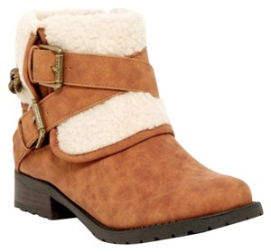 Guess Tan, Natural Boots