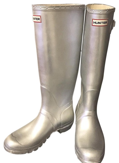 Item - Silver Wellies Boots/Booties Size US 9 Regular (M, B)