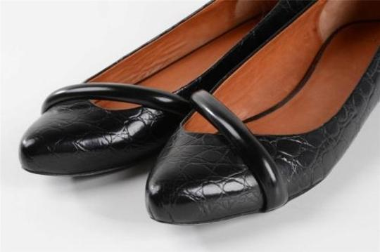 Givenchy Womens Leather Embossed Black Pumps