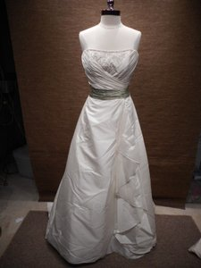 2 Be Bride 233720/ Pb-8 Wedding Dress
