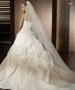 St. Patrick Capri/pb-6 Wedding Dress