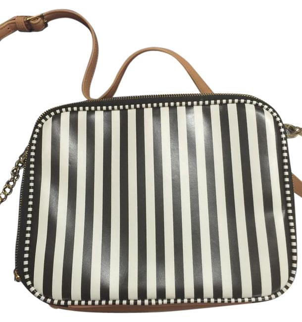 Item - W 57th E/W Ipad 24076251190193 Brown and White Stingray Leather Metal Shoulder Bag