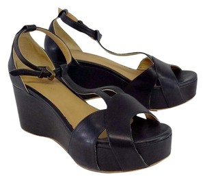 Coclico Black Leather Platform T-strap Sandal Wedges