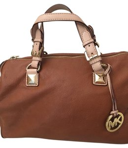 Michael Kors Tan Mk Gold Hardware Satchel in Luggage