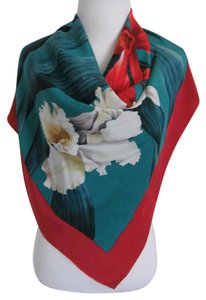 Gucci Wow! Beautiful Red Green Floral Soft Silk Scarf - 35