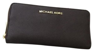 Michael Kors Michael Kors Jet Set Travel Continental Coffee Wallet
