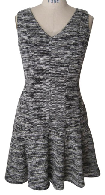 Preload https://img-static.tradesy.com/item/18710449/banana-republic-black-knit-fit-and-mid-length-short-casual-dress-size-8-m-0-1-650-650.jpg