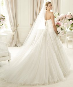 Pronovias 4295 Wedding Dress