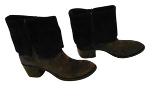 CoSTUME NATIONAL Convertible Collar Two Tone Asphalt/Black Boots