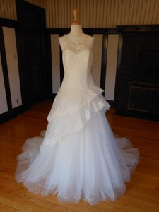 Pronovias Gremy Wedding Dress