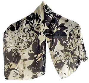 Other NEW white/black/tan floral print polyester