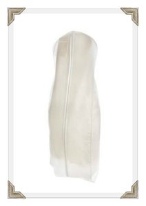 Breathable White Zippered Garment Bag