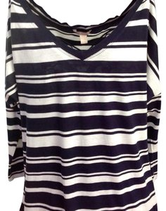 Banana Republic T Shirt Blue/White
