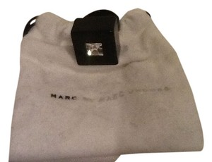 Marc by Marc Jacobs MbMJ black strass cube ring