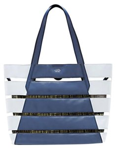 Vince Camuto Tote in Blue/light grey