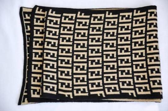 Fendi Fendi Womens Classic Black Tan Double-knit Logo Monogram Wrap Shawl Scarf