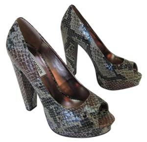 Steve Madden New Reptile Design Size 6.00 M Excellent Condition Gray, Black, Brown Platforms