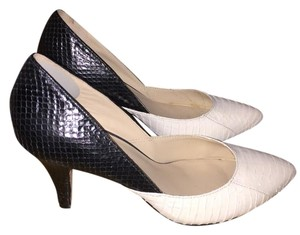 Loeffler Randall Snakeskin black and white Pumps