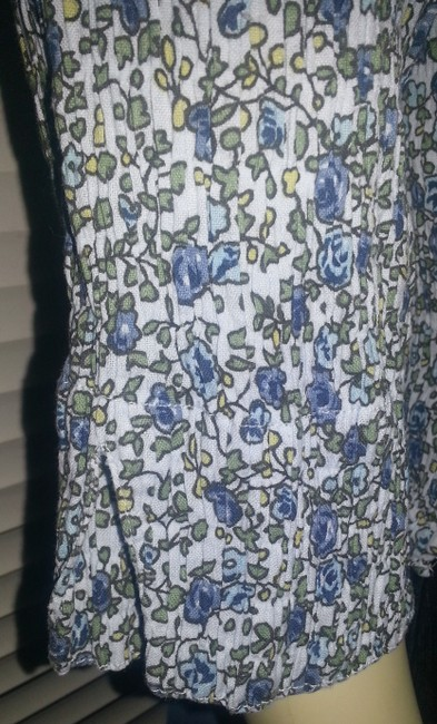 Dress Barn Crinkle No Iron Stretch Cotton Blend Button Down Shirt Green and blue floral on white Image 3