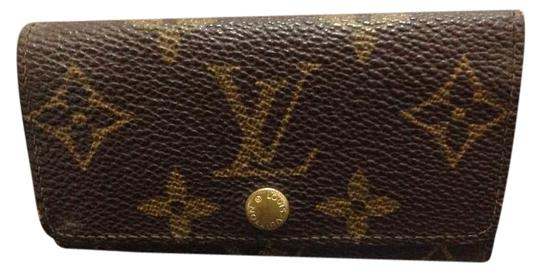 Preload https://item5.tradesy.com/images/louis-vuitton-monogram-key-holder-case-wallet-1873719-0-2.jpg?width=440&height=440