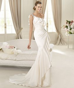 Pronovias Datsun Wedding Dress