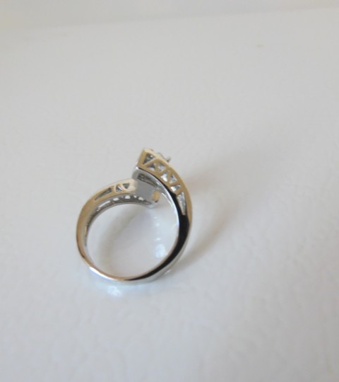 Victoria Wieck Victoria Wieck .925 Absolute Bypass Heart Ring Size 8 Image 2