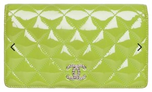 Chanel Chanel Lime Green Patent Leather Yen Clutch Wallet