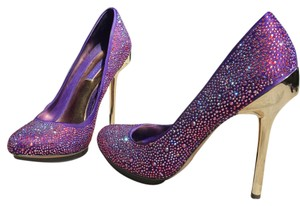 BCBGMAXAZRIA Crystals Gold Satin Purple Pumps