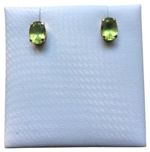 Other Oval peridot and 14 kt gold earrings