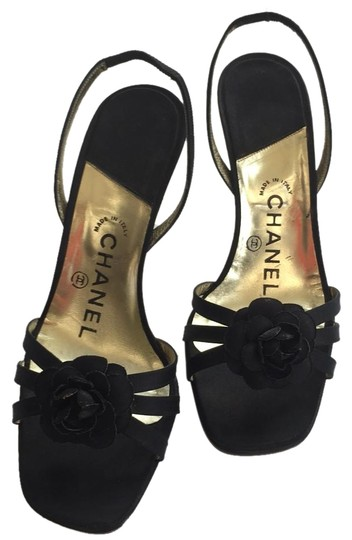 Preload https://img-static.tradesy.com/item/18740503/chanel-classic-satin-camellia-slingback-sandals-size-us-6-regular-m-b-0-7-540-540.jpg