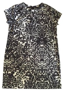 H&M short dress Black / white on Tradesy