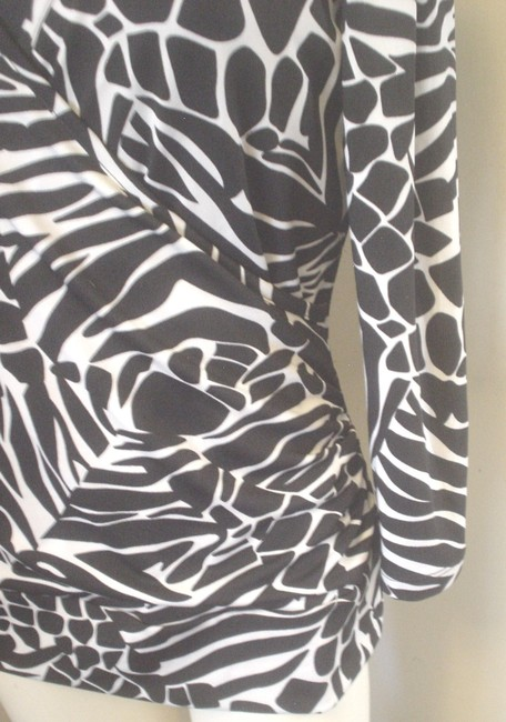 Jules & Leopold Stretch Knit 3/4 Sleeve Cheetah Top Black Image 2