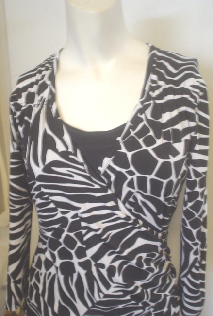 Jules & Leopold Stretch Knit 3/4 Sleeve Cheetah Top Black Image 3