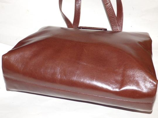 BVLGARI Made By Xl Tote/Satchel Gold Hardware Great Everyday Mint Condition Satchel in Brown Image 2