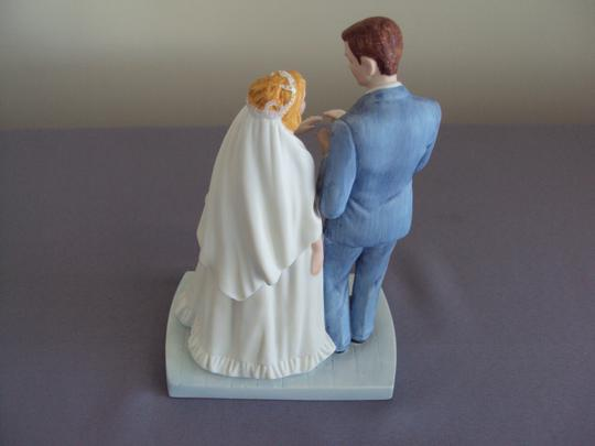 Bride and Groom Figurine 1981 Other Image 2