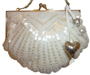 Walborg Nwot Pearls Small Shoulder Bag