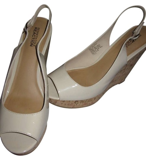 Preload https://img-static.tradesy.com/item/187469/kenneth-cole-reaction-nude-wedges-size-us-10-0-0-540-540.jpg