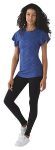 Lululemon NWT Lululemon &go Take-off Tee